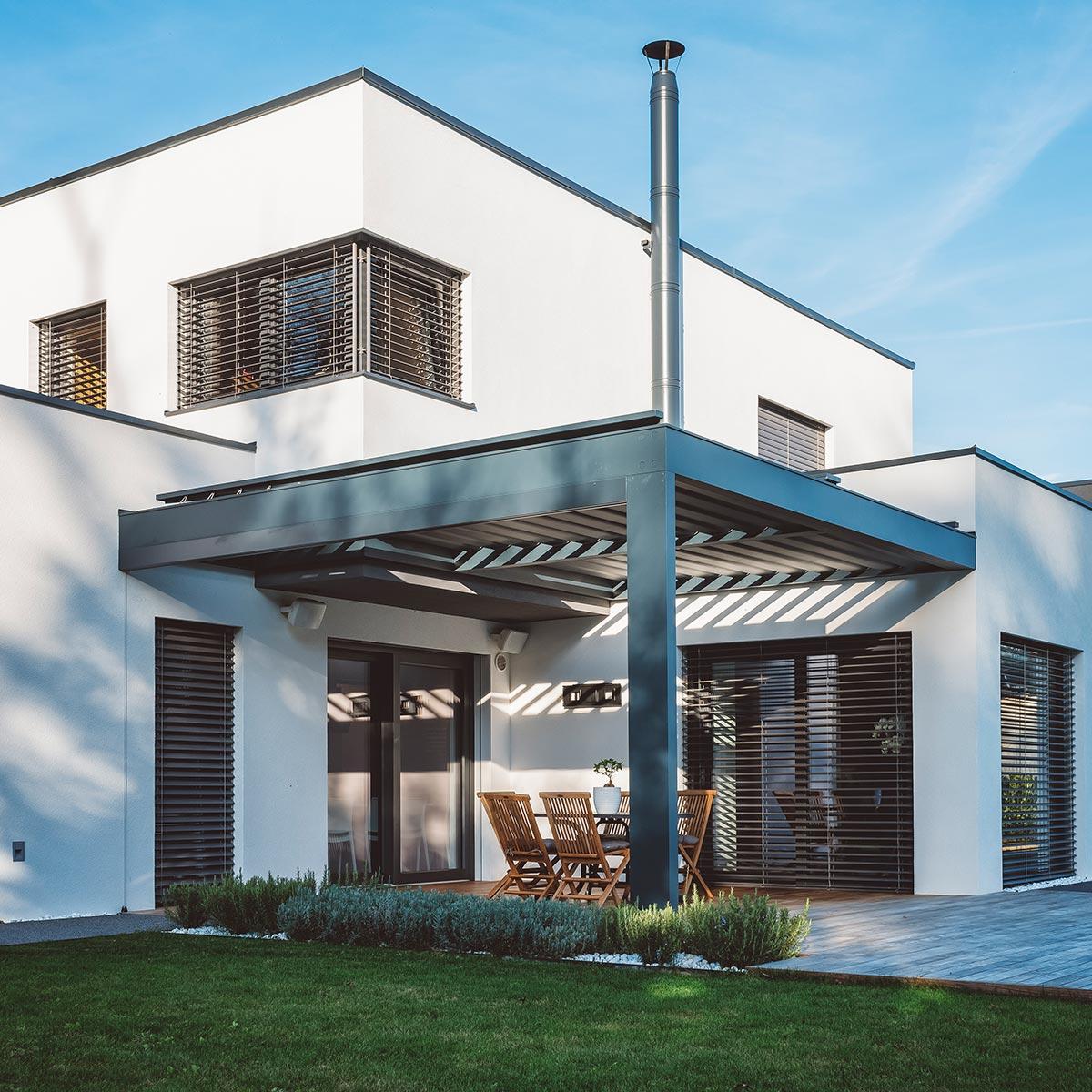 Fensterputzer Neumarkt für private Haushalte.